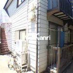 三鷹駅徒歩8分、三鷹市上連雀4丁目のバストイレ別賃貸1Kアパート(外観写真)