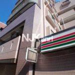 三鷹駅徒歩8分、オートロック・エレベーター付き2DK賃貸マンション(外観)