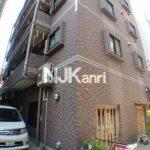 三鷹駅徒歩4分、鉄筋コンクリート造の賃貸1Kマンション(外観)