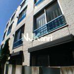 三鷹駅徒歩7分、武蔵野市中町1丁目のコンクリート打ち放しデザイナーズマンション(外観)