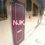 三鷹駅徒歩10分、三鷹市上連雀5丁目の賃貸2Kアパート(玄関の写真)