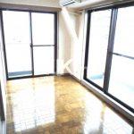 三鷹駅徒歩8分、オートロック・エレベーター付き2DK賃貸マンション(居室・リビングの写真)