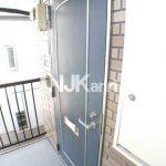 三鷹駅徒歩14分、武蔵野市中町3丁目のバストイレ別賃貸1Kアパート(玄関の写真)