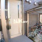 2016年10月完成、三鷹市下連雀4丁目のバストイレ洗面独立1LDK賃貸コーポ(玄関の写真)