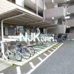 三鷹駅徒歩15分の3LDK賃貸マンション(駐輪場の写真)