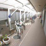 三鷹駅徒歩10分、三鷹市下連雀4丁目のRC造2DK賃貸マンション(駐輪場の写真)