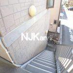 三鷹駅徒歩14分、武蔵野市西久保2丁目のバストイレ独立・ロフト付賃貸アパート(共用部分の写真)