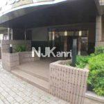 三鷹駅徒歩15分の3LDK賃貸マンション(エントランスの写真)