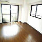 下連雀4丁目のオートロック付賃貸マンション(居室・リビングの写真)