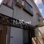 三鷹駅徒歩5分でバストイレ別の賃貸1Kアパート(外観)