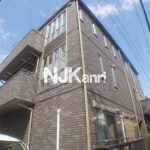 三鷹駅徒歩9分、武蔵野市中町2丁目の1LDK賃貸コーポ(外観)